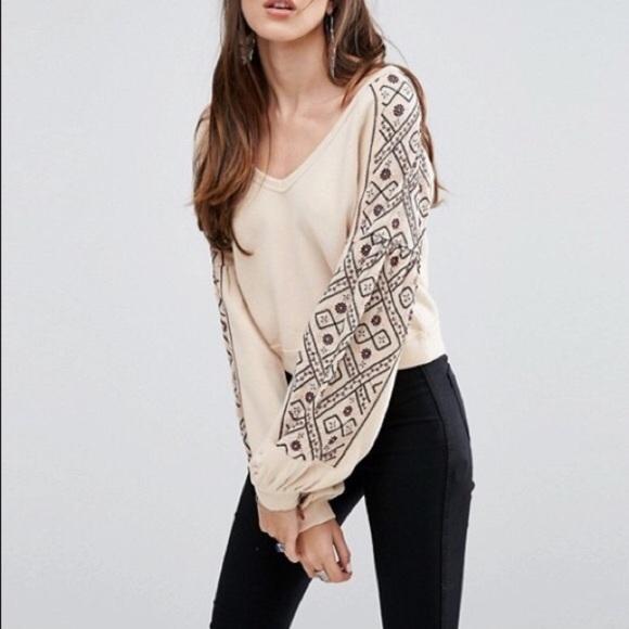 Free People Sweaters - Free People Embroidered Sweatshirt💛